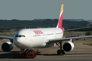 Airbus_A330-302_Iberia_EC-LYF_(10982612305)