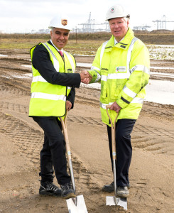 Luis Arriaga, left, with Simon Moore of London Gateway.