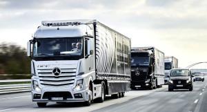 Mercedes truck platoon