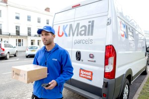 UK Mail launches new midnight service