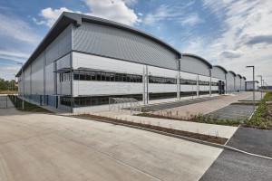 HelloFresh moves into 237,000 sq ft Banbury site