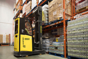 Hyster launches cold store reach truck