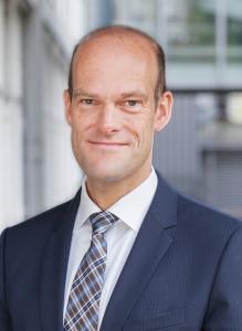 Dr. Georg Rau
