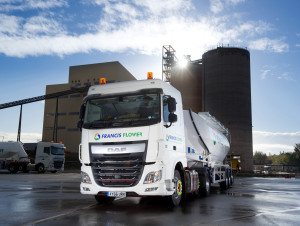 Turners adds 18 DAF trucks for Francis Flowers.