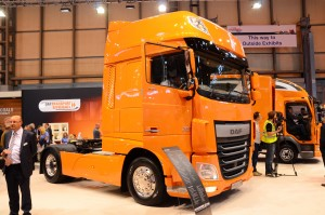 Heavy-duty trucks to hit CV show once again