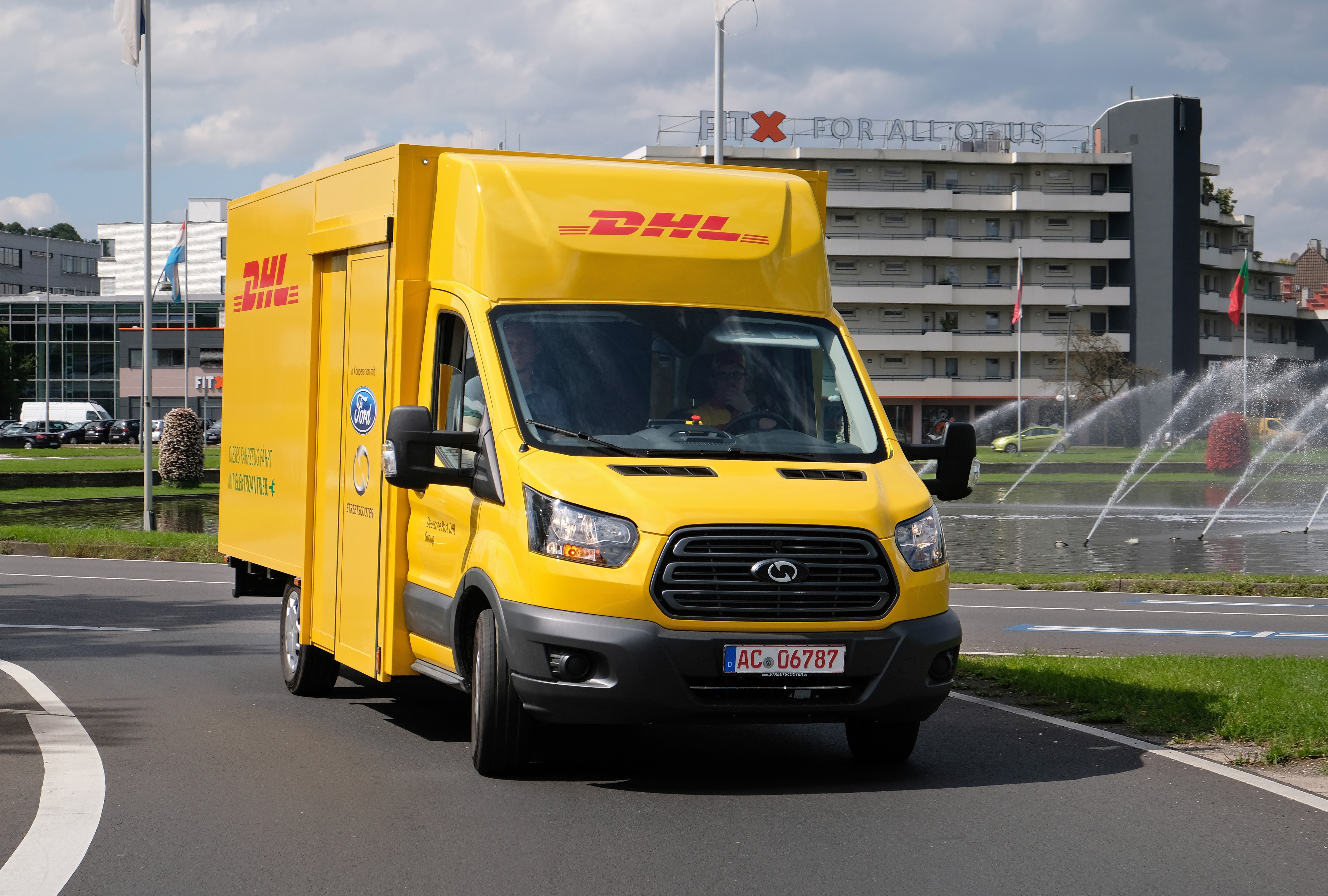 Ford & DHL unveil ...