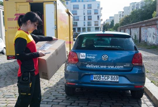 dhl trials car boot deliveries with volkswagen logistik. Black Bedroom Furniture Sets. Home Design Ideas