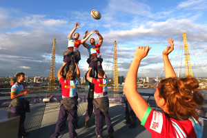 Hannah Field and James Horwill of Harlequins contest a line out on top of the O2. (Photo by Steve Bardens/Getty Images for Harlequins)